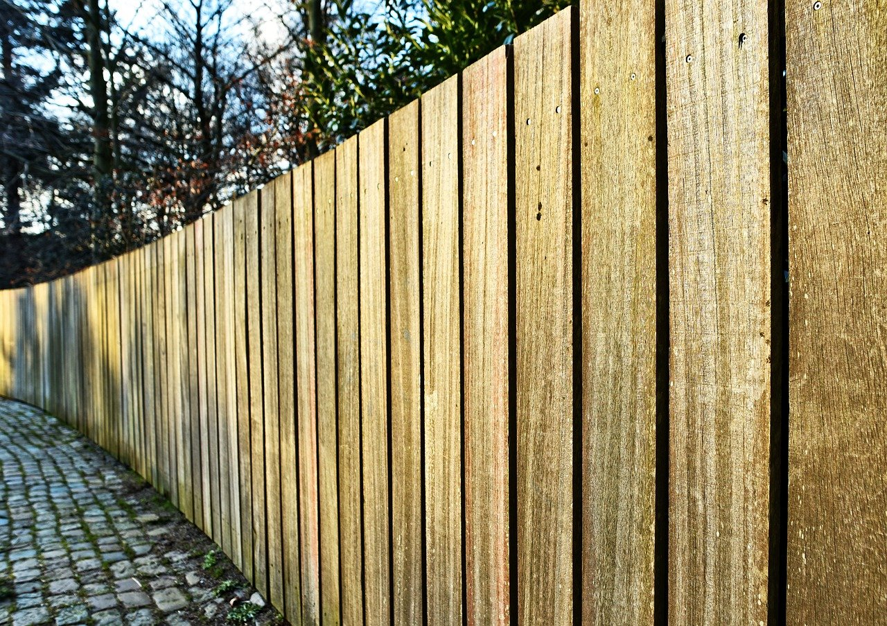 What To Consider Before Fence Installation Near Me on Maui
